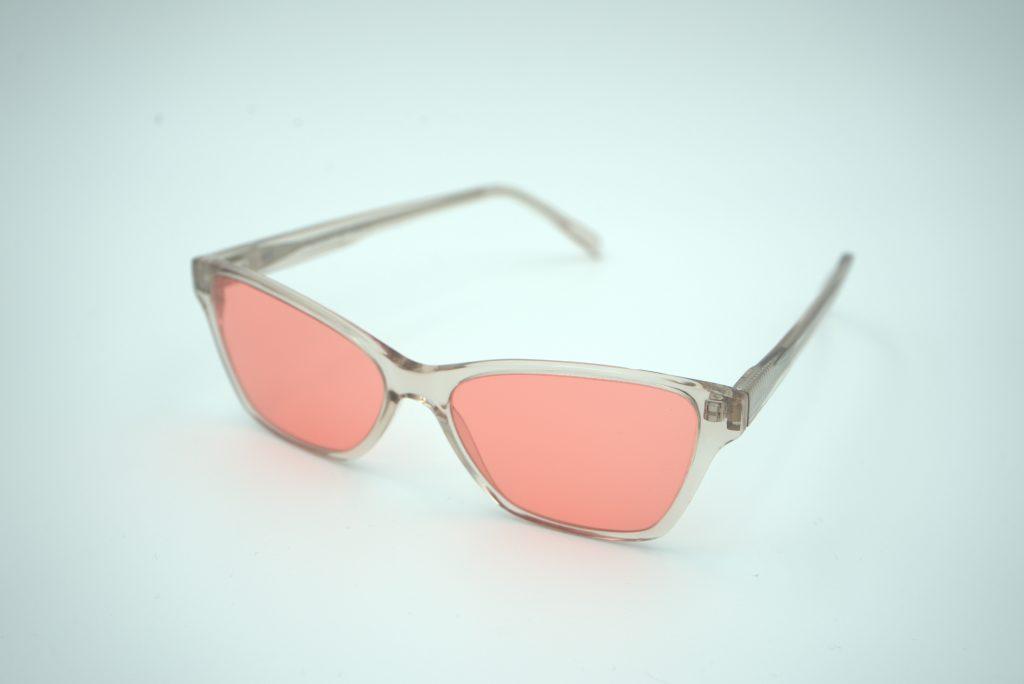 Red lenses on glasses
