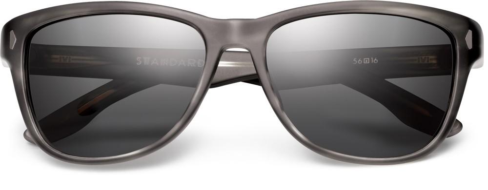 Standard polarized sunglasses